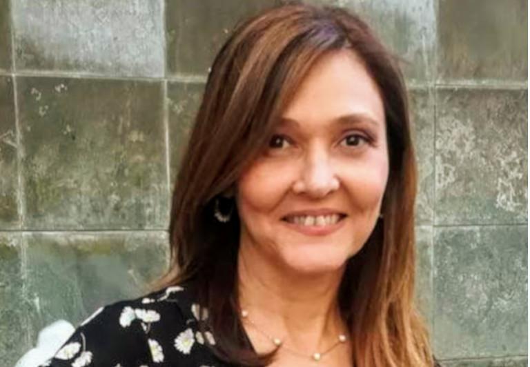 Dª Cristina Peris Hernández